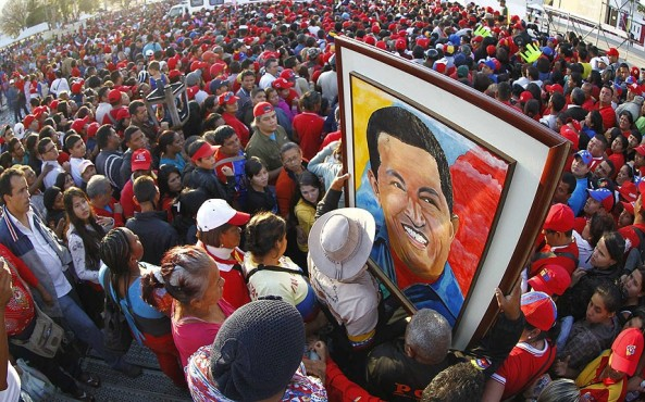 CHAVEZ-supporters-_2504378k